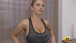 Stay at Home and Stay Fit with Katerina Hartlova exercise