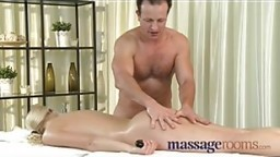 Young masseuse gets oiled before cock